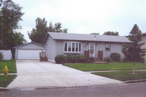 More Protos For House For Rent In Aberdeen, SD: $800 / 4 Br /