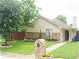 House for rent in dallas tx 800 4 br 2 bath 3107 for 2 bedroom house for rent in dallas tx