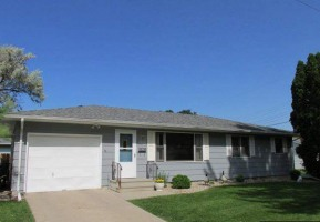 Close to schools and hospital. Mankato Hilltop. Very clean and well maintained 3 bedroom rambler, freshly painted. Fenced in backyard. Paver patio and deck. Open kitchen and dining area, large li ...