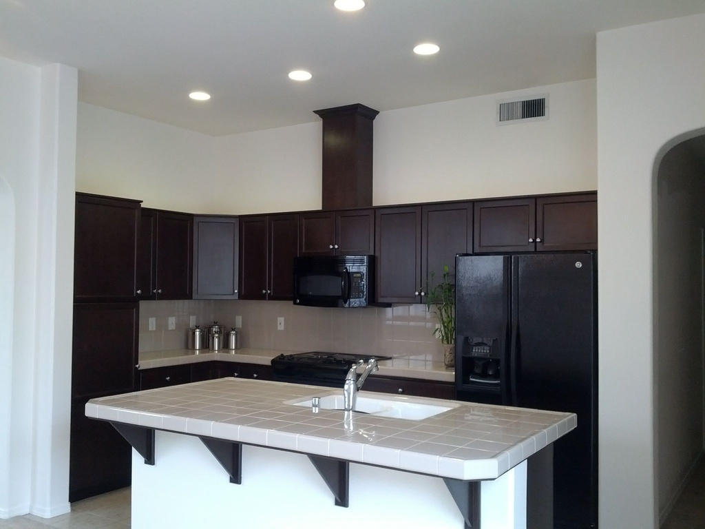Nice House For Rent In Fresno, CA: $1,175 / 2 Br / 2 Bath