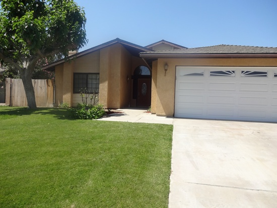 House For Rent In Bakersfield Ca 700 3 Br 2 Bath 11531