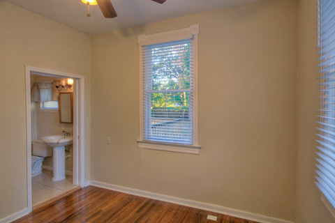 House For Rent in Tampa, FL: $900 / 3 br / 2 bath #4426